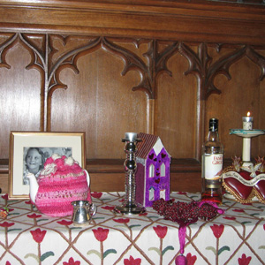 Personalising funerals using special objects or mementos